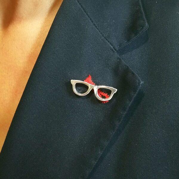 Pin de Plata Gafas D.O.C.E.