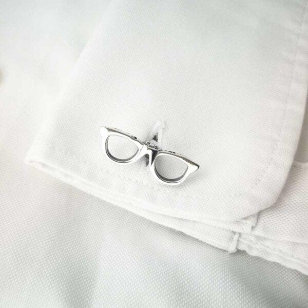 Gemelos-DOCE-gafas-camisa