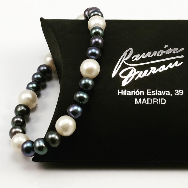 Pulsera Perlas Blanca y Negra
