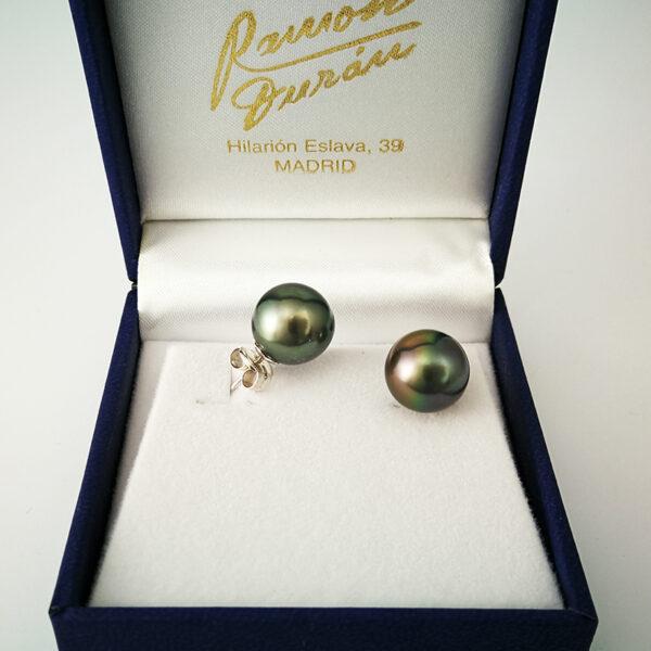 Pendientes-perlas-tahiti-estuche