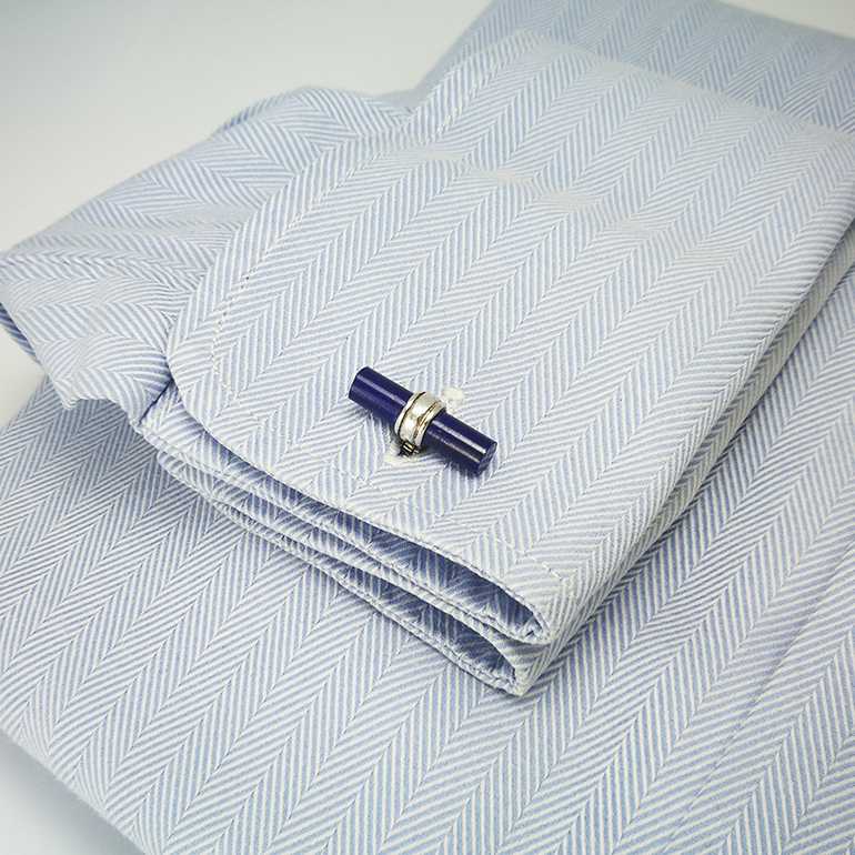 Gemelos-barra-Lapiz-lazuli-camisa