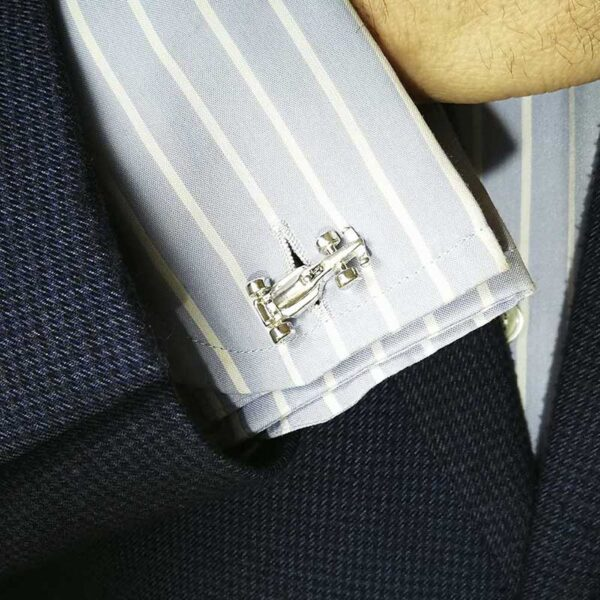 Gemelo-plata-f1-camisa