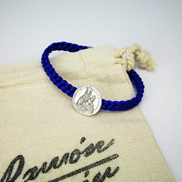 pulsera-virgen-almudena-azul